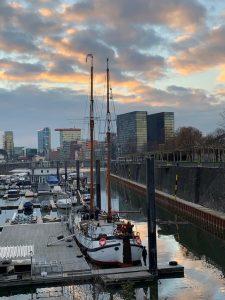 """Die """"Voorwaarts"""" in der Marina Düsseldorf"""